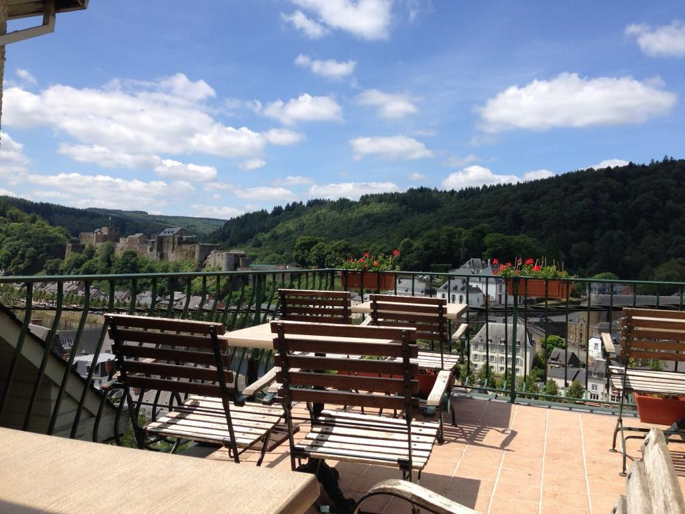 The terras of Hotel Cosy in Bouillon