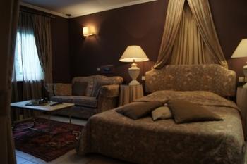 Chambres jacuzzi hotel cosy hotel cosy bouillon for Chambre de luxe avec jacuzzi belgique